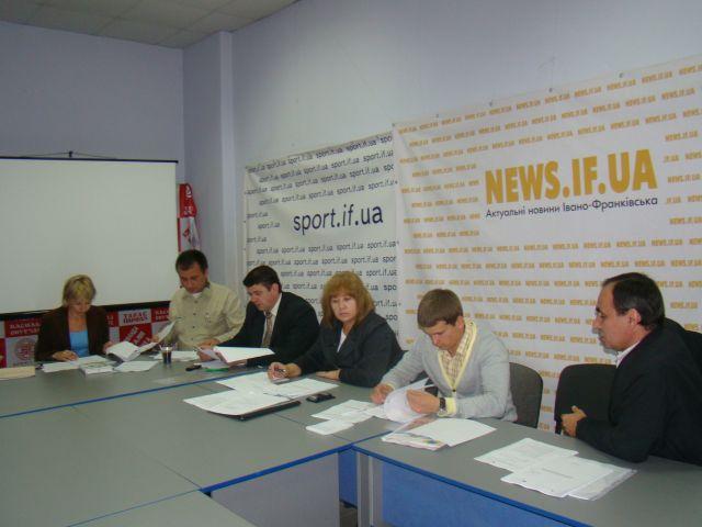 Засідання фокус-групи  в рамках  проекту  «Гармонізація розвитку туризму  в сільській місцевості Карпатського регіону». Фото 1